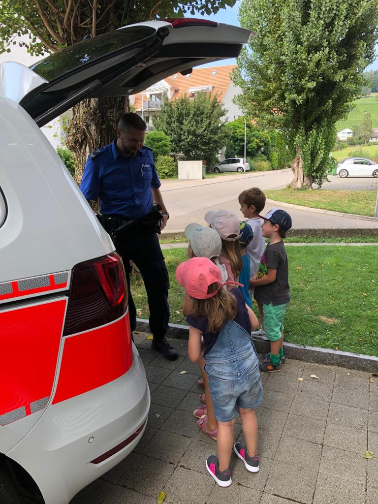 Polizei und Wassersicherheit August 2019