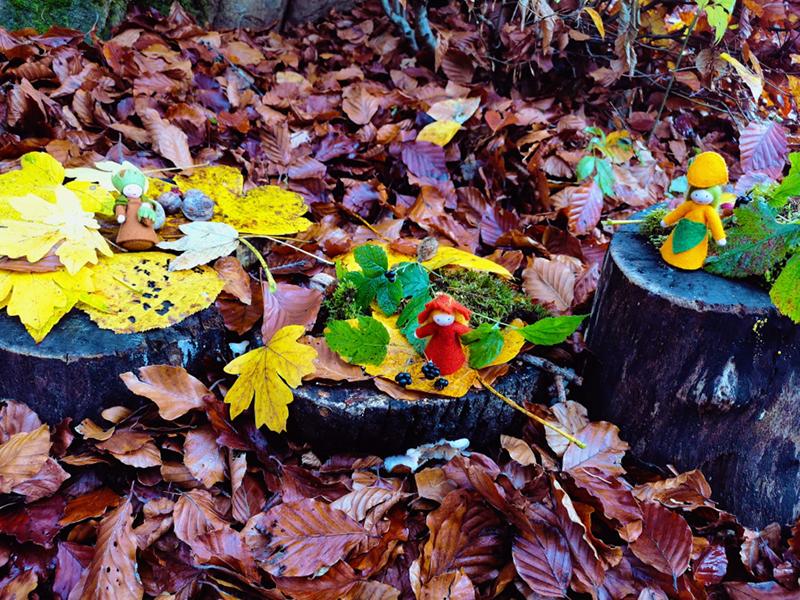 Jahreszeitentisch im Herbst